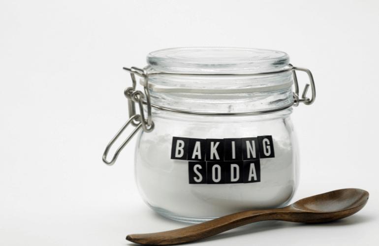 Use Baking Soda Neutralize Capsaicin on Skin